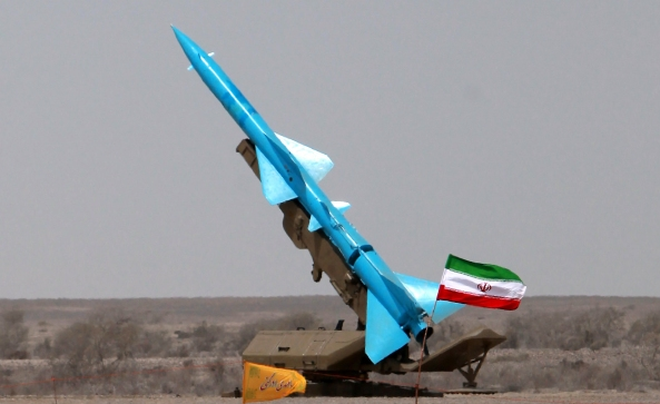 IRAN-DEFENCE-MISSILE-GULF-OIL